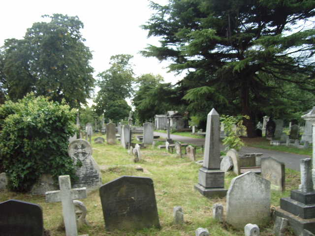 Five Places To Relax In London Brompton_Cemetery
