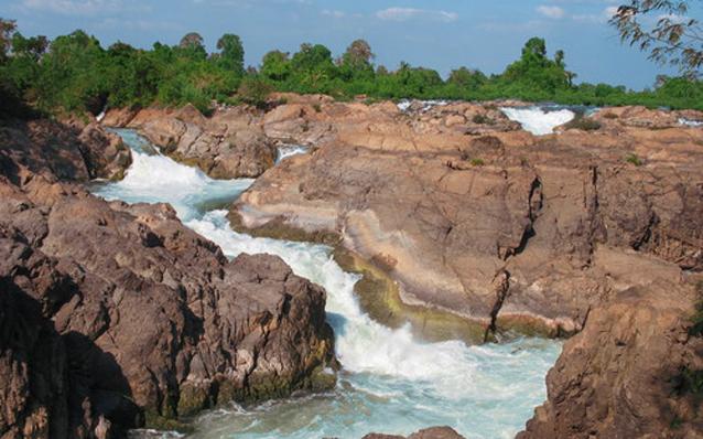 Ban Khon Laos  city images : Laos Travel Photos > Si Phan Don > Khon Phapheng Waterfall